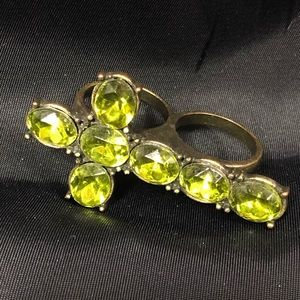 Cross Double Two-Finger Ring Green stones